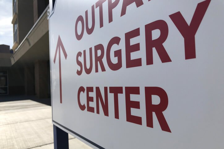 outpatient surgery center sign -  knee and hip replacement surgery portsmouth nh